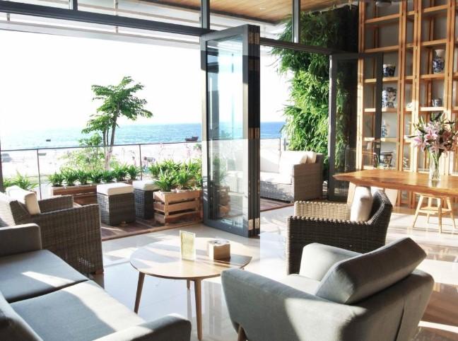 khách sạn đà nẵng gần biển Danang bay hotel